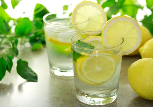 Lemon-Water (1)